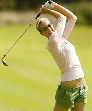 ゴルフ フェースターンを身につけてスライスを克服する方法