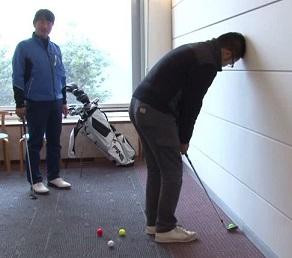 ゴルフのアプローチとパットの練習方法について教えます